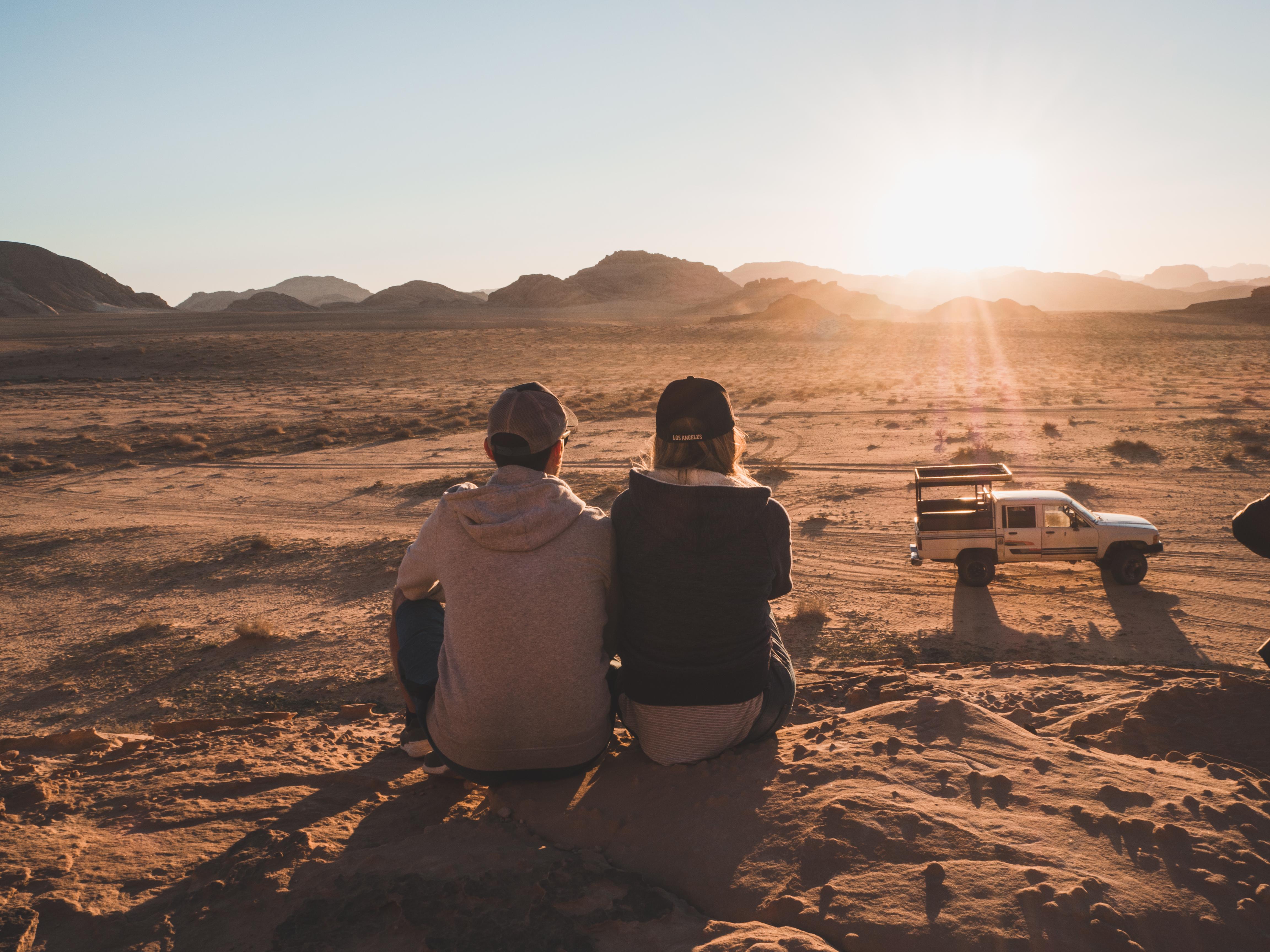 Coucher de soleil dans le Wadi Rum -  Préparer son road trip en Jordanie